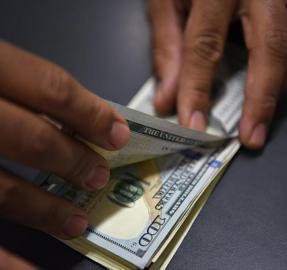 Podcast: cuatro claves para entender la nueva suba del dólar blue