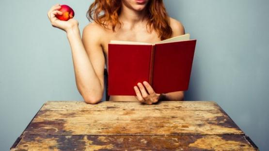 Páginas húmedas: cómo es el oficio de escribir sobre sexo