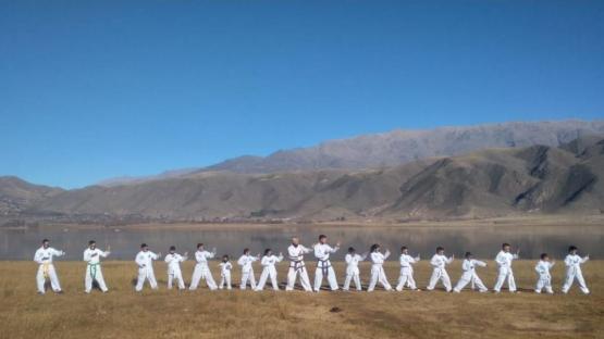Taekwondo ITF: graduados en los valles