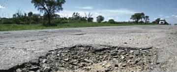 """Productores cañeros: """"queremos evitar tragedias,  los caminos son un desastre"""""""
