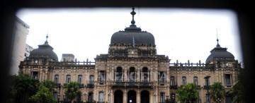 Cuántos millones se precisan para pagar sueldos en el Estado tucumano