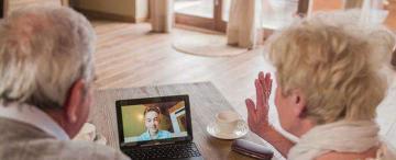 Abuelos y tecnología: qué aprendieron en pandemia