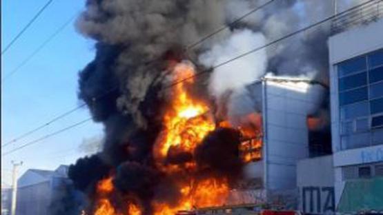 Video: impresionante incendio en la cervecería Quilmes