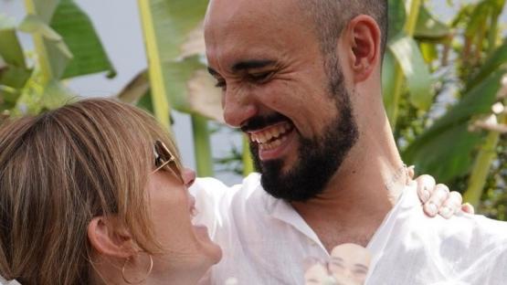 Abel Pintos se casó con Mora Calabrese en una ceremonia íntima