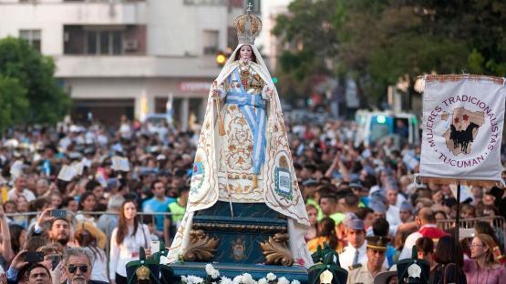 Sondeo: ¿creés que podrían volver las procesiones con protocolos?