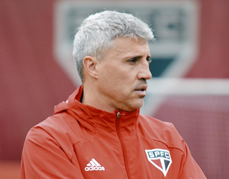 Crespo dejó de ser el entrenador de San Pablo de Brasil