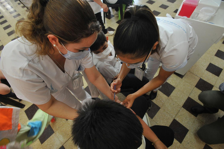 Habilitaron la inscripción para vacunar a chicos de 12 y 13 años en toda la provincia