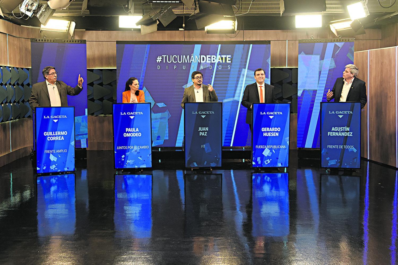 """AL AIRE. Los postulantes, sin perder el respeto por los demás, mantuvieron encendidos contrapuntos durante los segmentos de """"debate libre"""" del programa."""