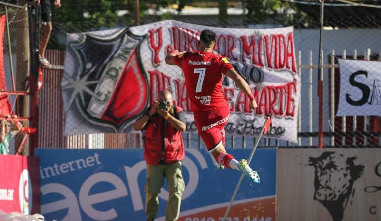 San Martín le alcanzó aprovechar dos errores para vencer a Deportivo Maipú