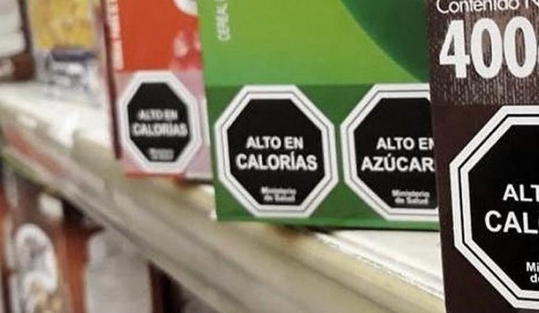 Etiquetado frontal de alimentos: qué cosas dejaremos de ver para siempre en las góndolas